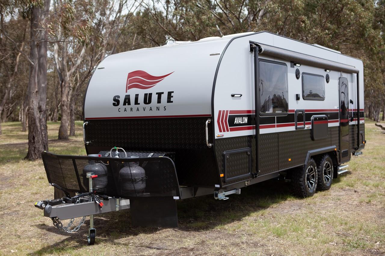 salute avalon family bunk caravan 001b
