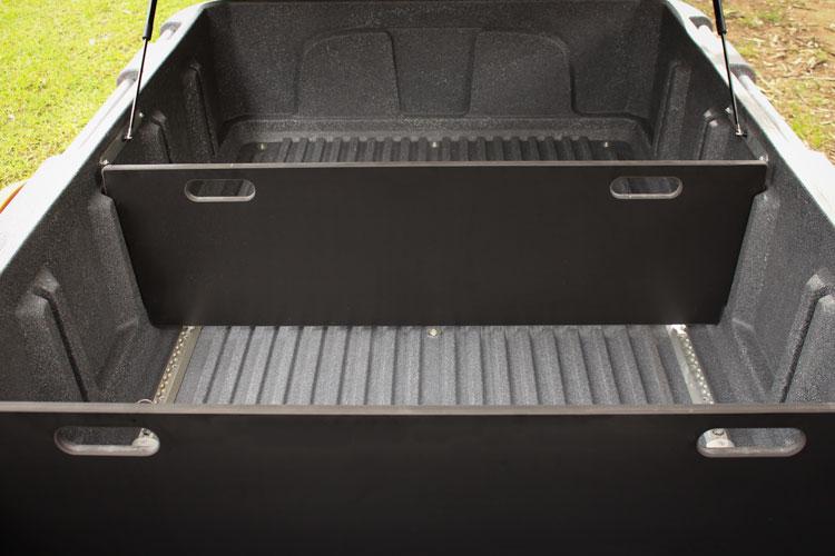 trailmaster tub divider table1