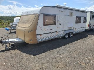 Geist XKlusiv 660 Caravan for Sale - front protective cover