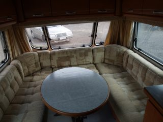 Geist XKlusiv 660 Caravan for Sale - Dinnette to double bed transformation 1