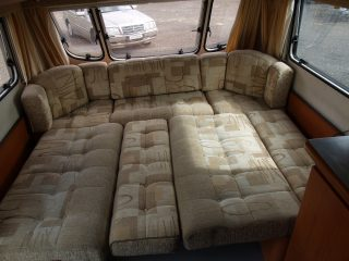 Geist XKlusiv 660 Caravan for Sale - Dinnette to double bed transformation 2